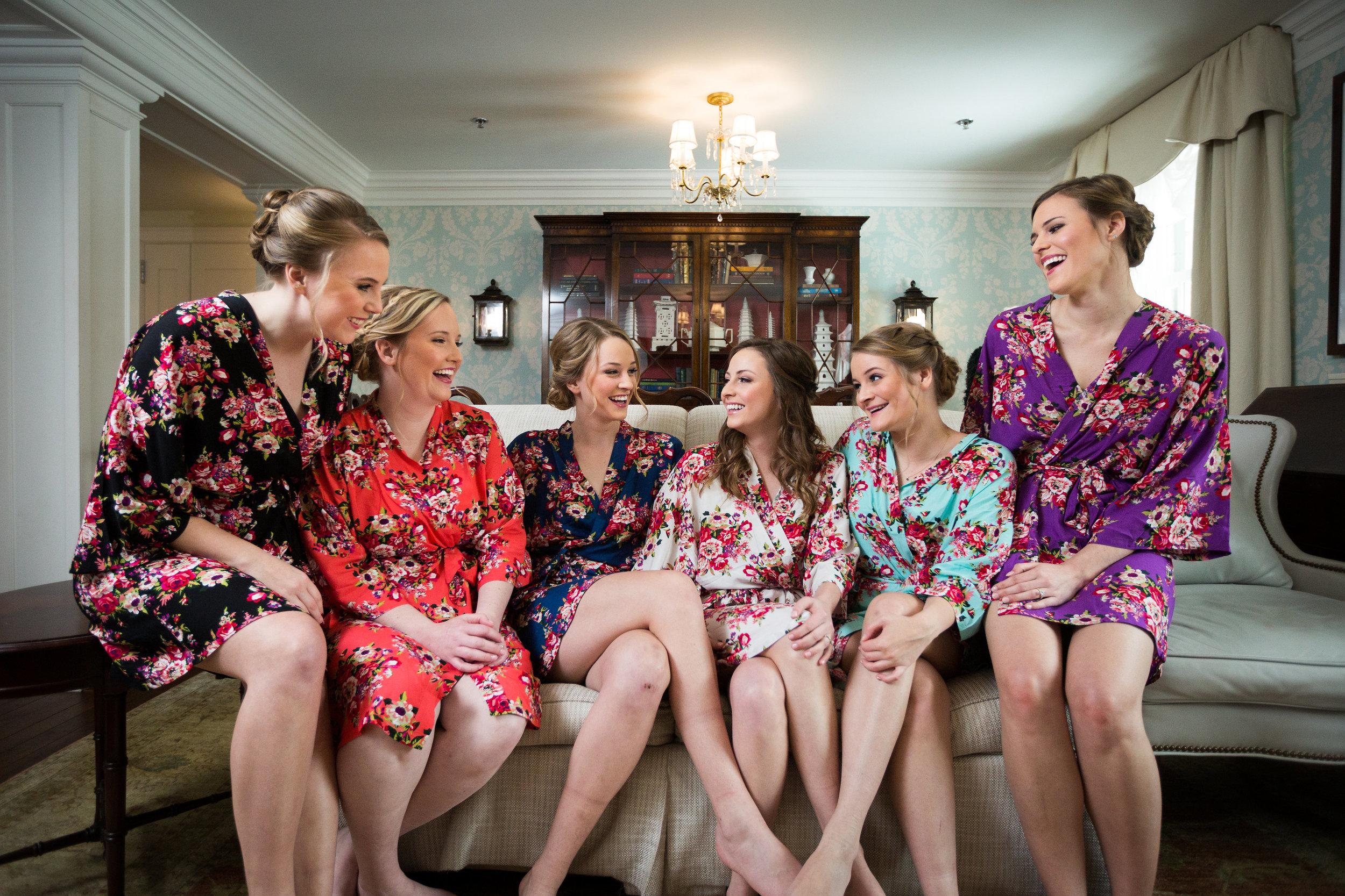 Chapell Hill, NC Wedding - The Carolina Club Winter Wedding -- Elly's Photography -- Wedding Blog - The Overwhelmed Bride