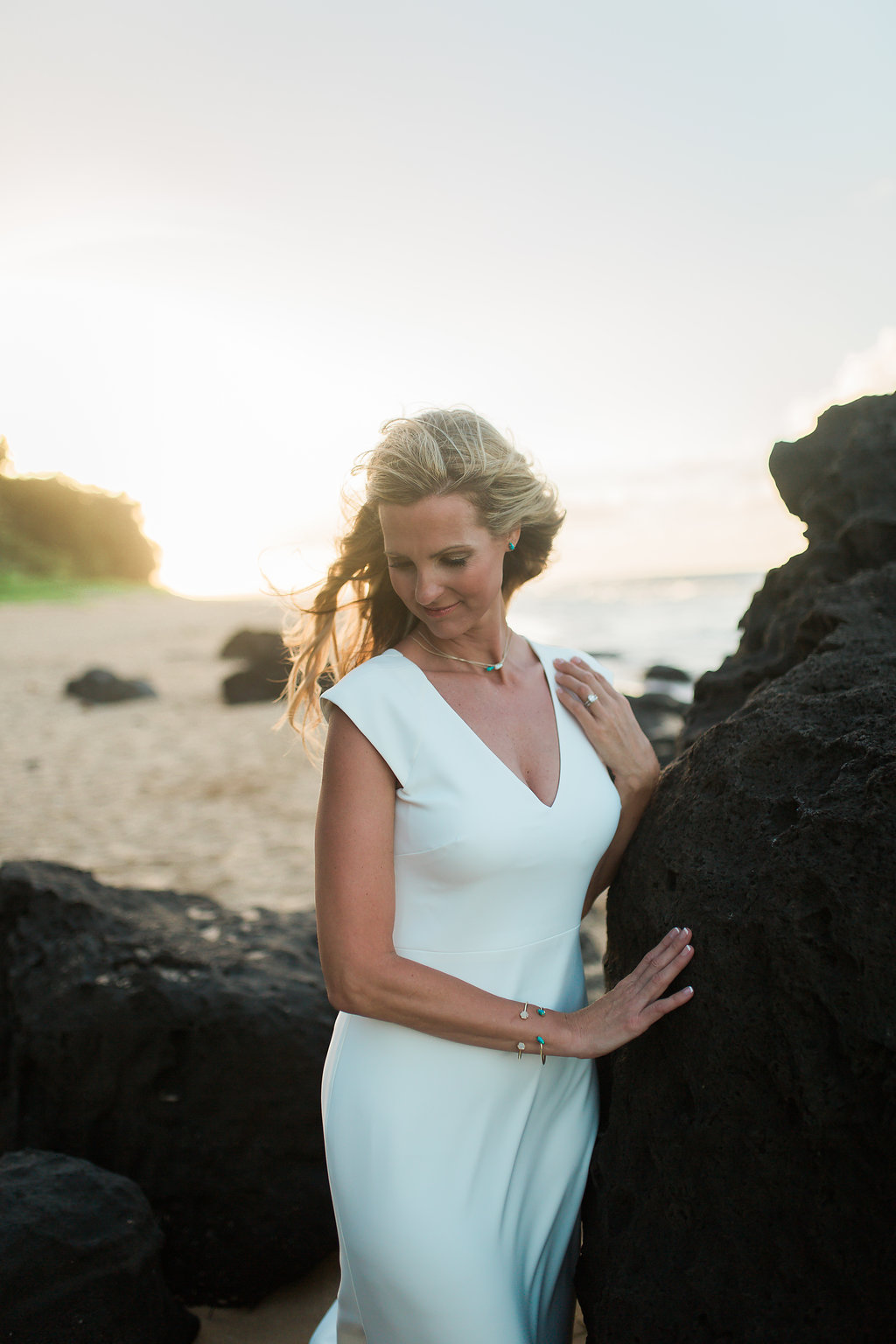 Hawaii Kauai Beach Wedding Photos -- Wedding Blog - The Overwhelmed Bride