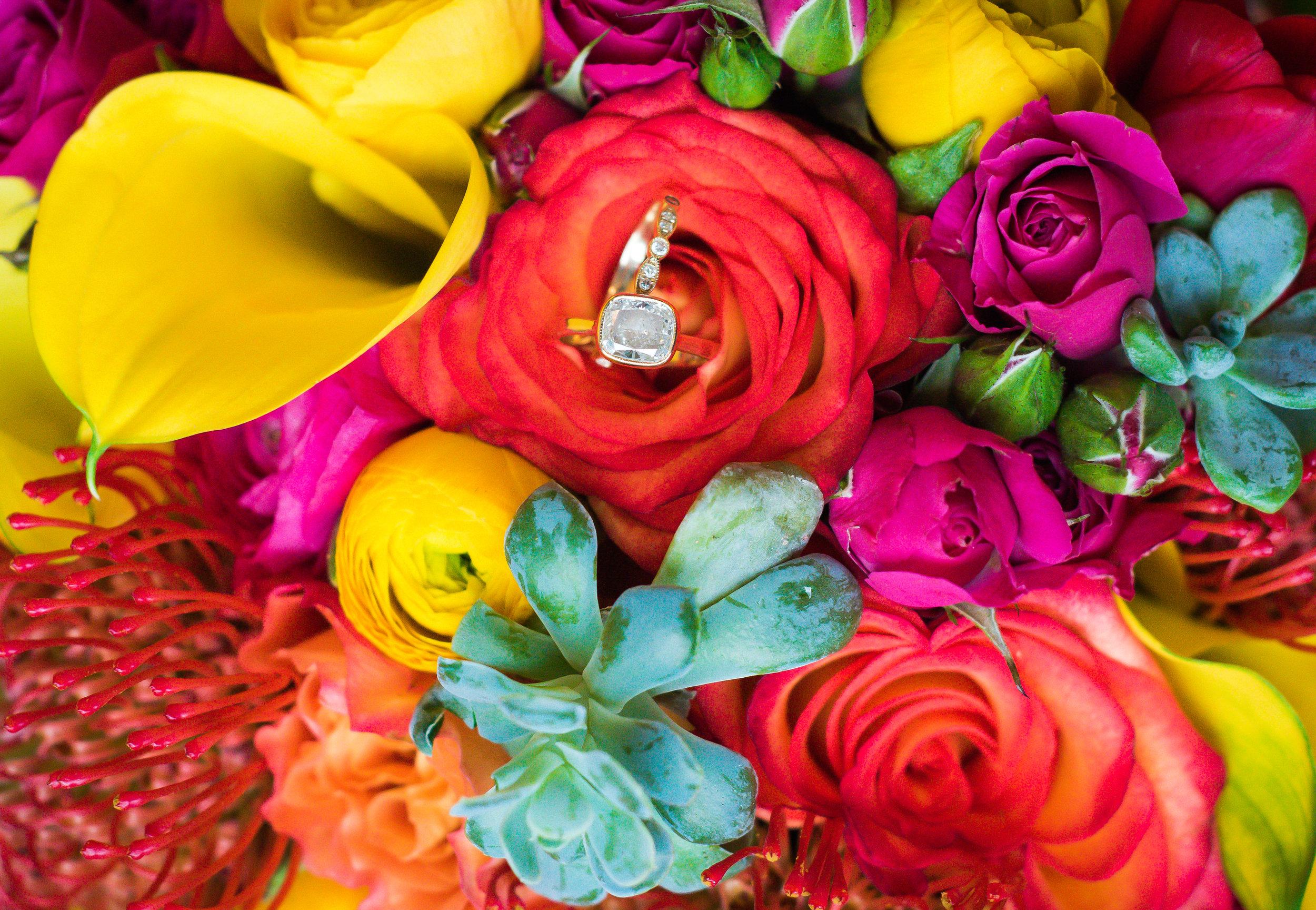Vibrant Richmond, Virginia Wedding, Mexican Cliffe Inn Wedding -- Wedding Blog - The Overwhelmed Bride