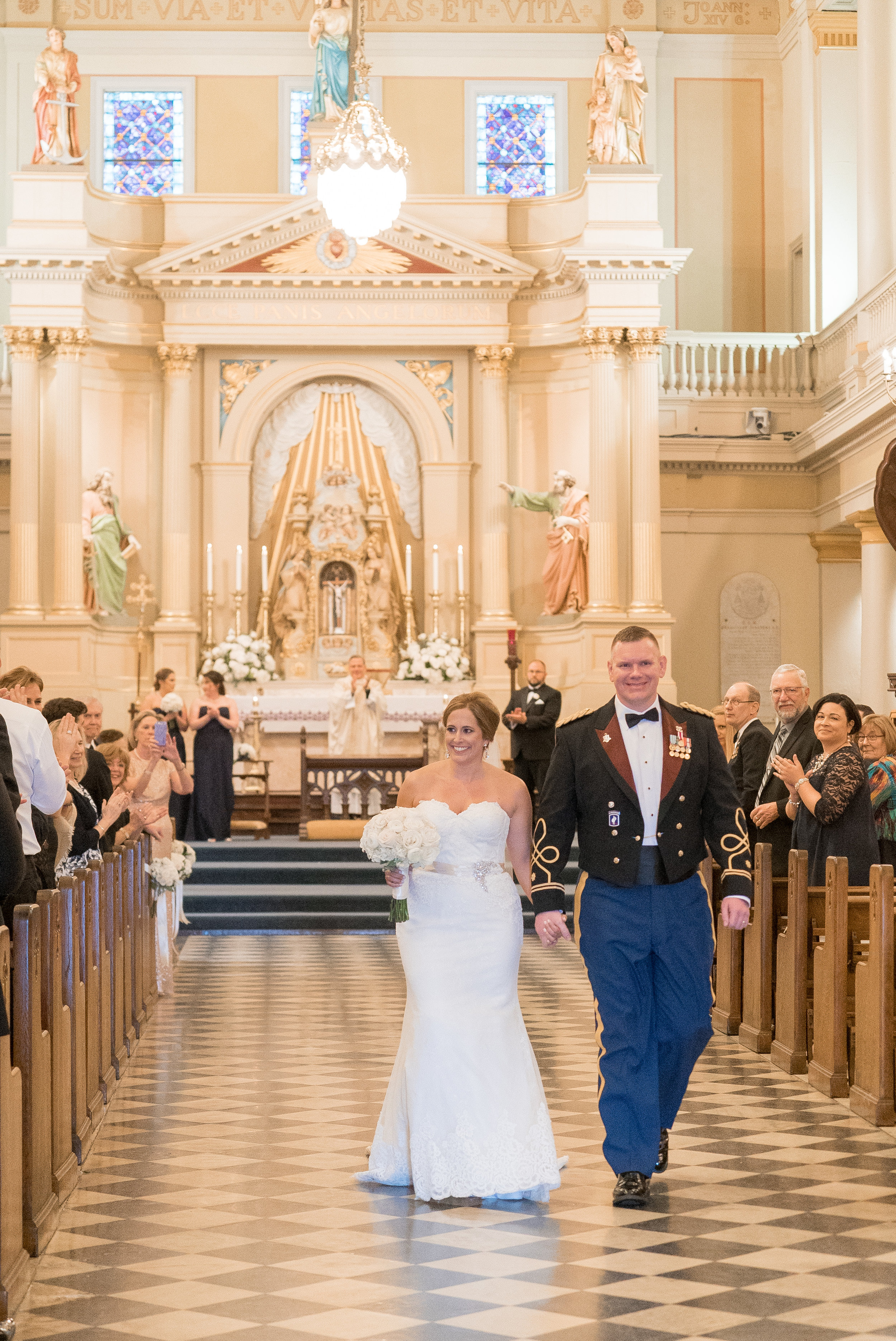 New Orleans Wedding - Navy and Gold Wedding Details - The Overwhelmed Bride