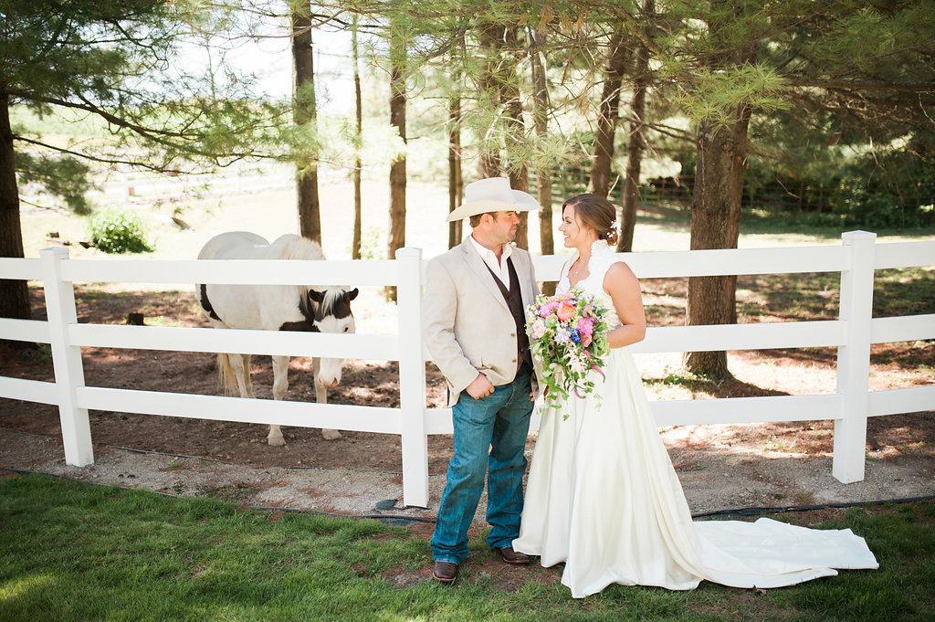 Gorgeous Farm Wedding Photos - Iowa Farm Wedding - Private Estate Weddings