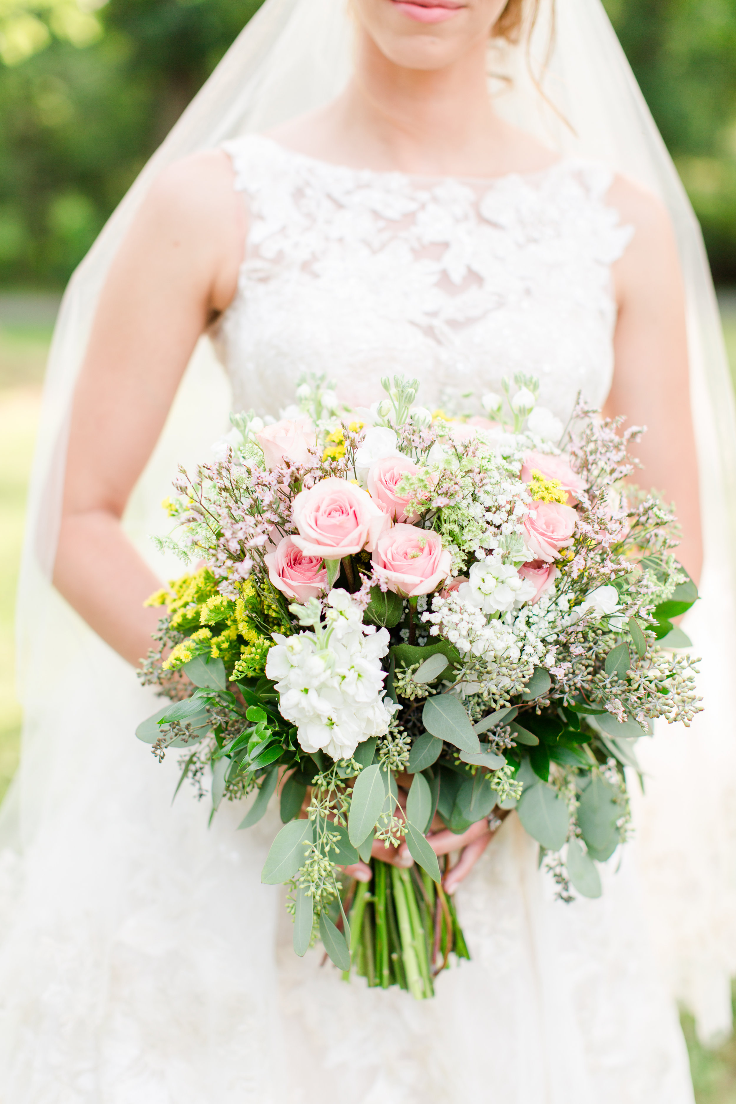 Gorgeous Wedding Bouquets - West Virginia Wedding Photographer - Wedding Venue