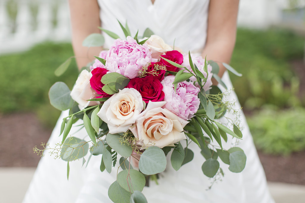 Pink and red Wedding Bouquet - Sheboygan Town & Country Golf Club Wedding - Wisconsin Wedding