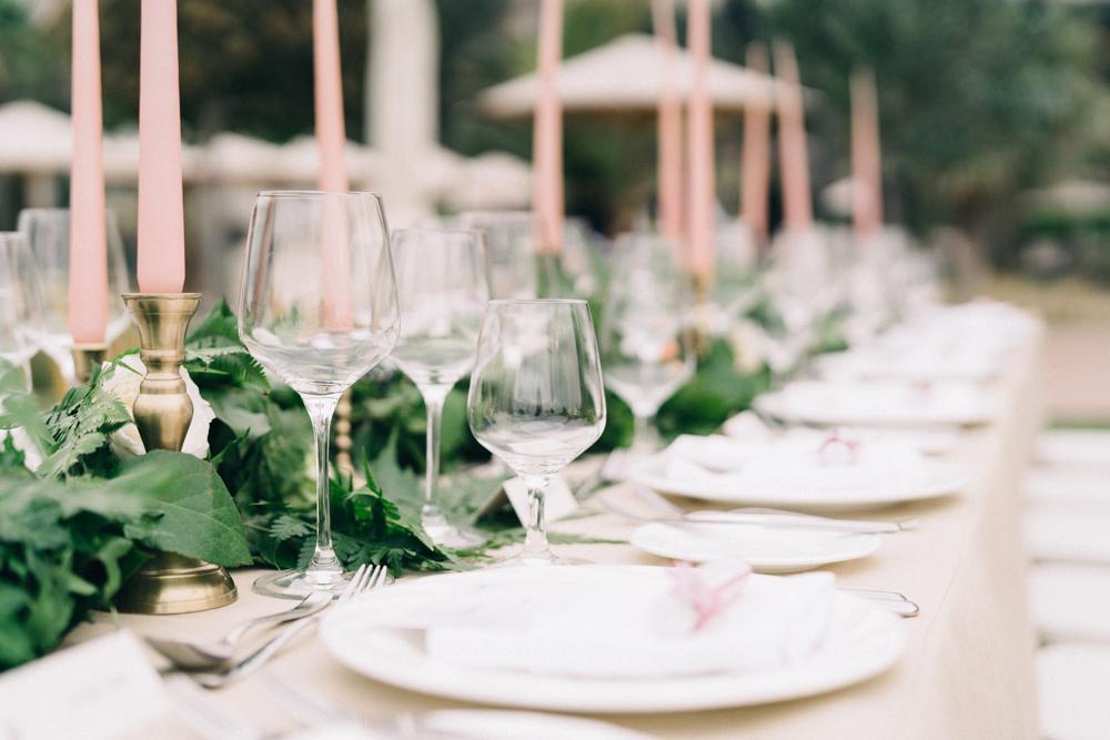 Gorgeous Wedding Tablescape - An Intimate Ritz Carlton Dubai Wedding