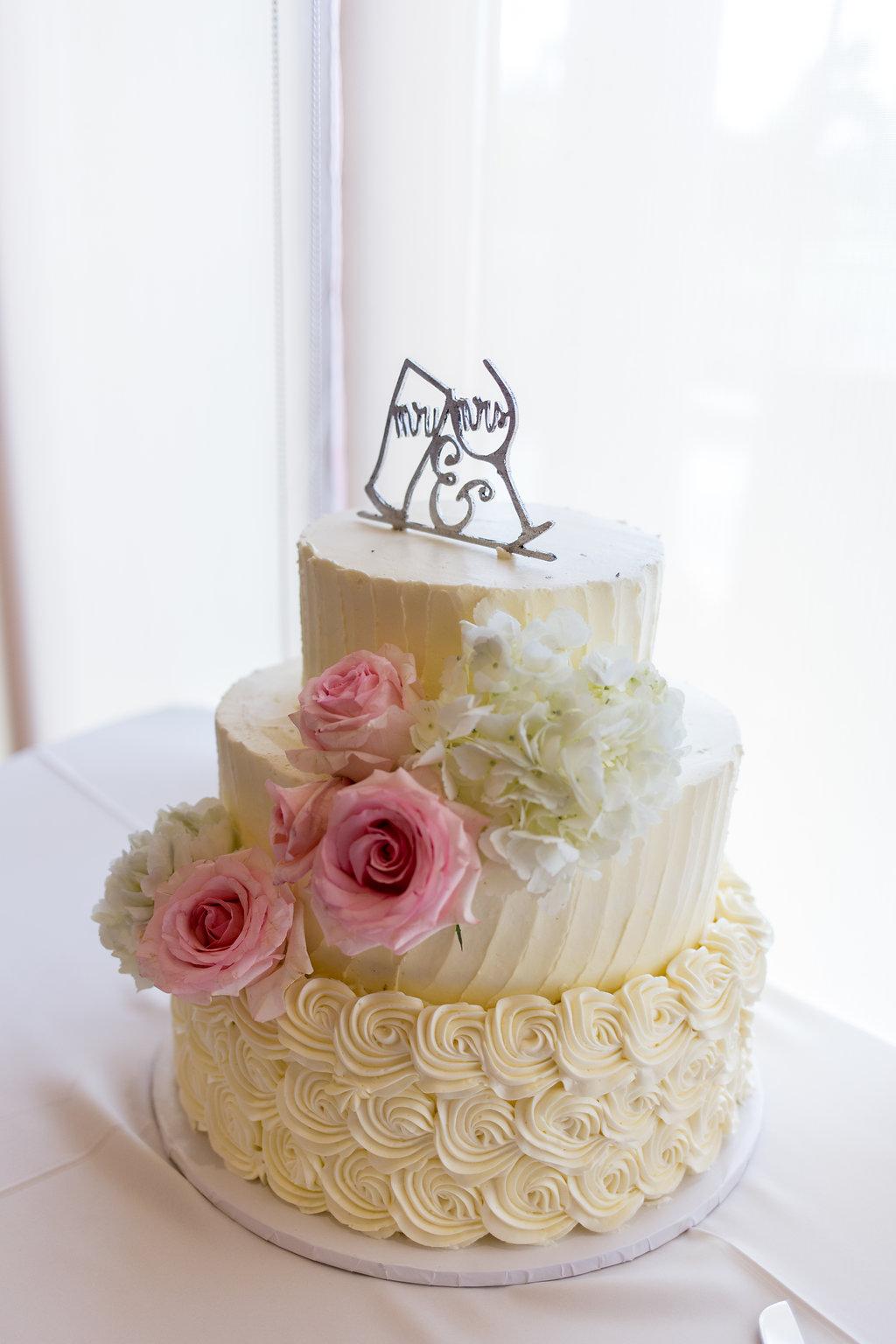 Simple White Wedding Cakes - Gorgeous Seal Beach Wedding Venue - Old Country Club Wedding