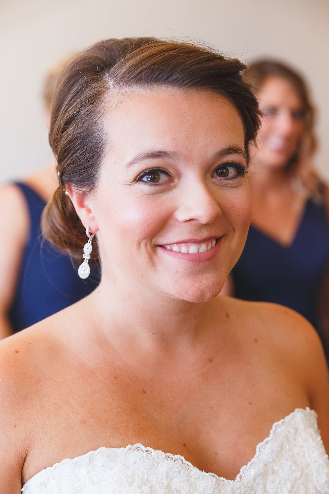 Gorgeous Bridal Earrings - Science Museum of Virginia Wedding