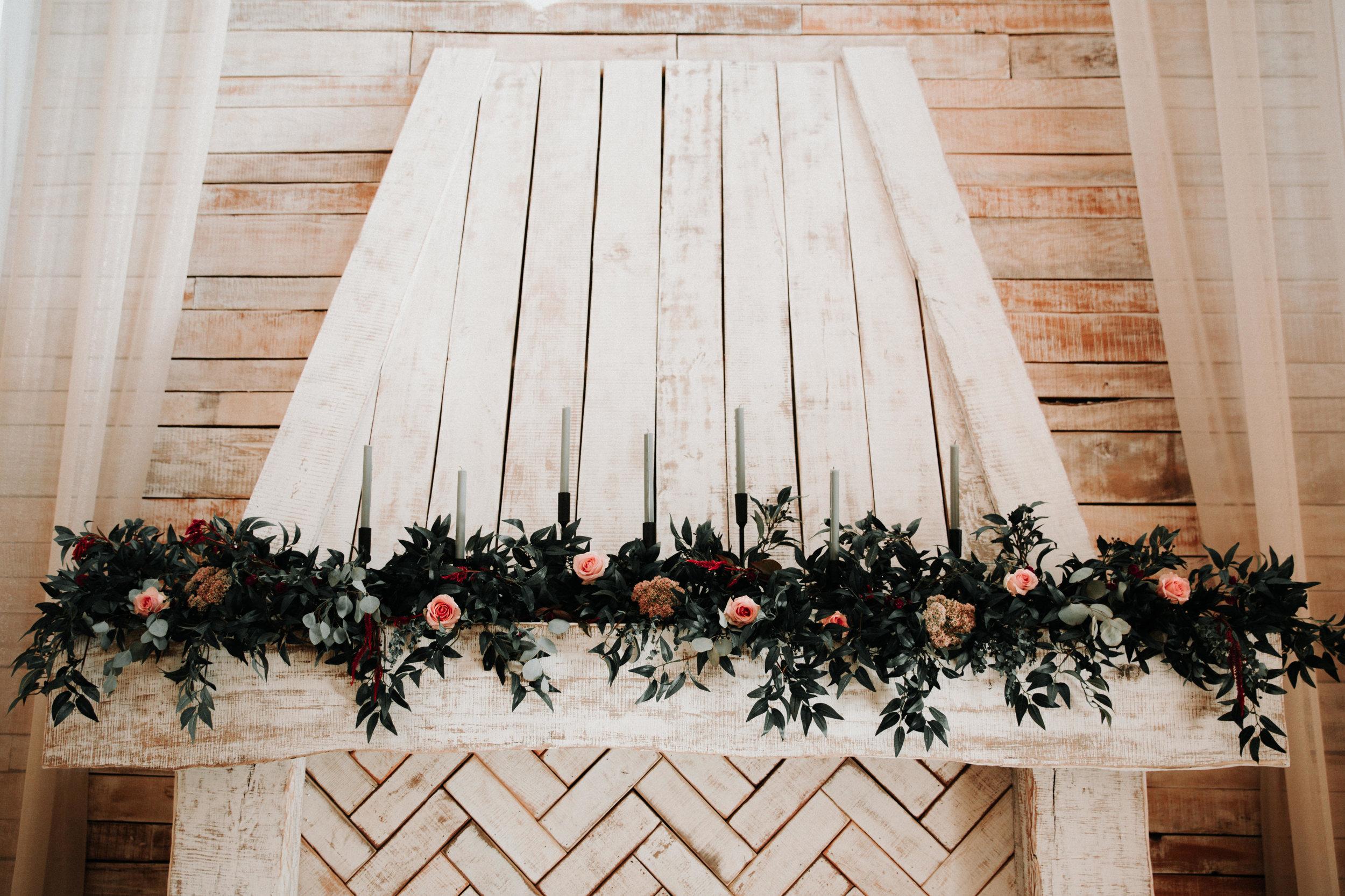 Gorgeous Barn Wedding Decor - Athens, Tennessee Barn Wedding -- The Overwhelmed Bride Wedding Blog