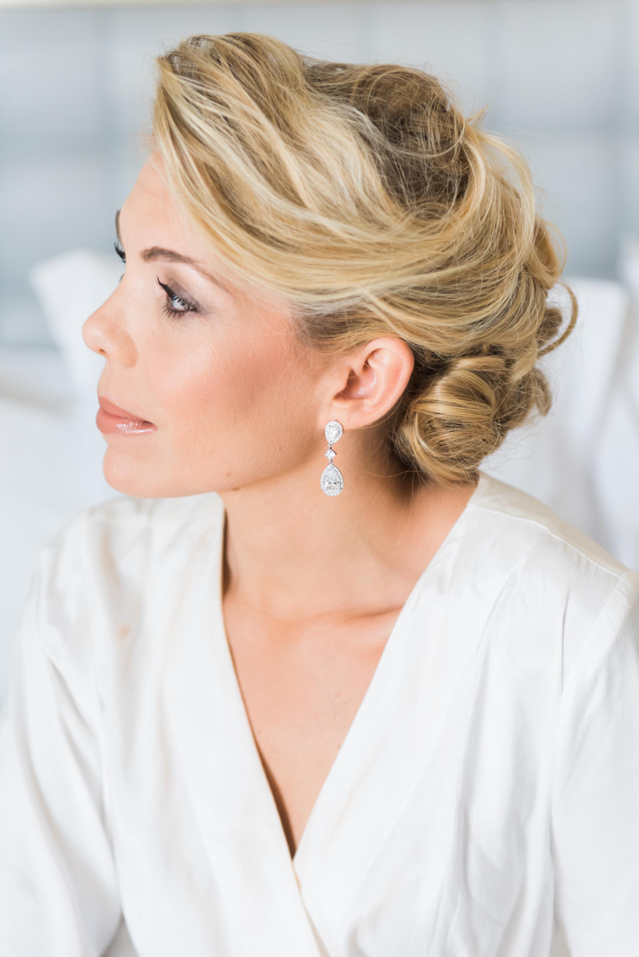 Gorgeous Bridal Up Do Hairstyles - Flagler Museum Palm Beach Wedding Venue - The Overwhelmed Bride Wedding Blog