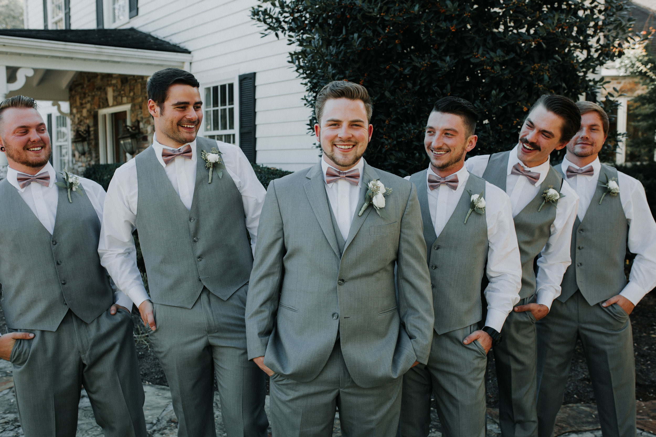 Groomsmen Online Rentals - Dara's Garden Knoxville East Tennessee Wedding — The Overwhelmed Bride Wedding Blog