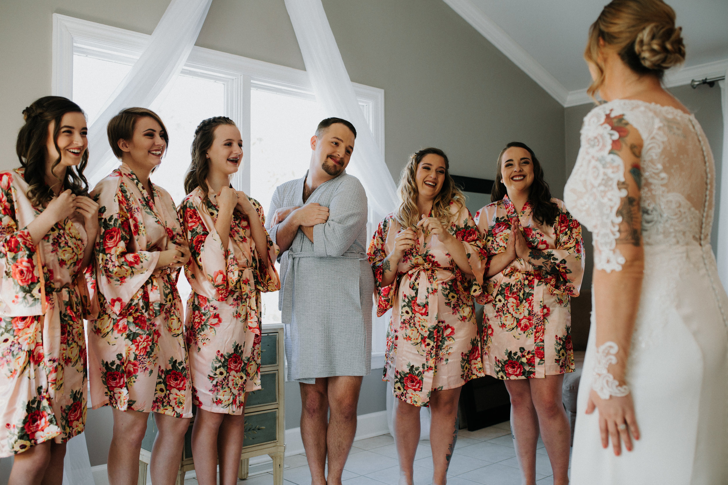 Bridesmaid First Look at Bride - Dara's Garden Knoxville East Tennessee Wedding — The Overwhelmed Bride Wedding Blog
