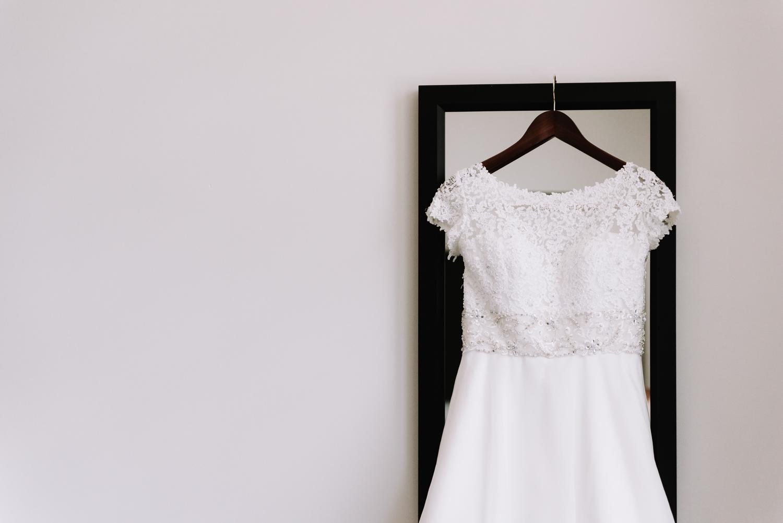 Simple Wedding Dress - Classic Indianapolis Wedding - Canal 337 Wedding - The Overwhelmed Bride Wedding Blog