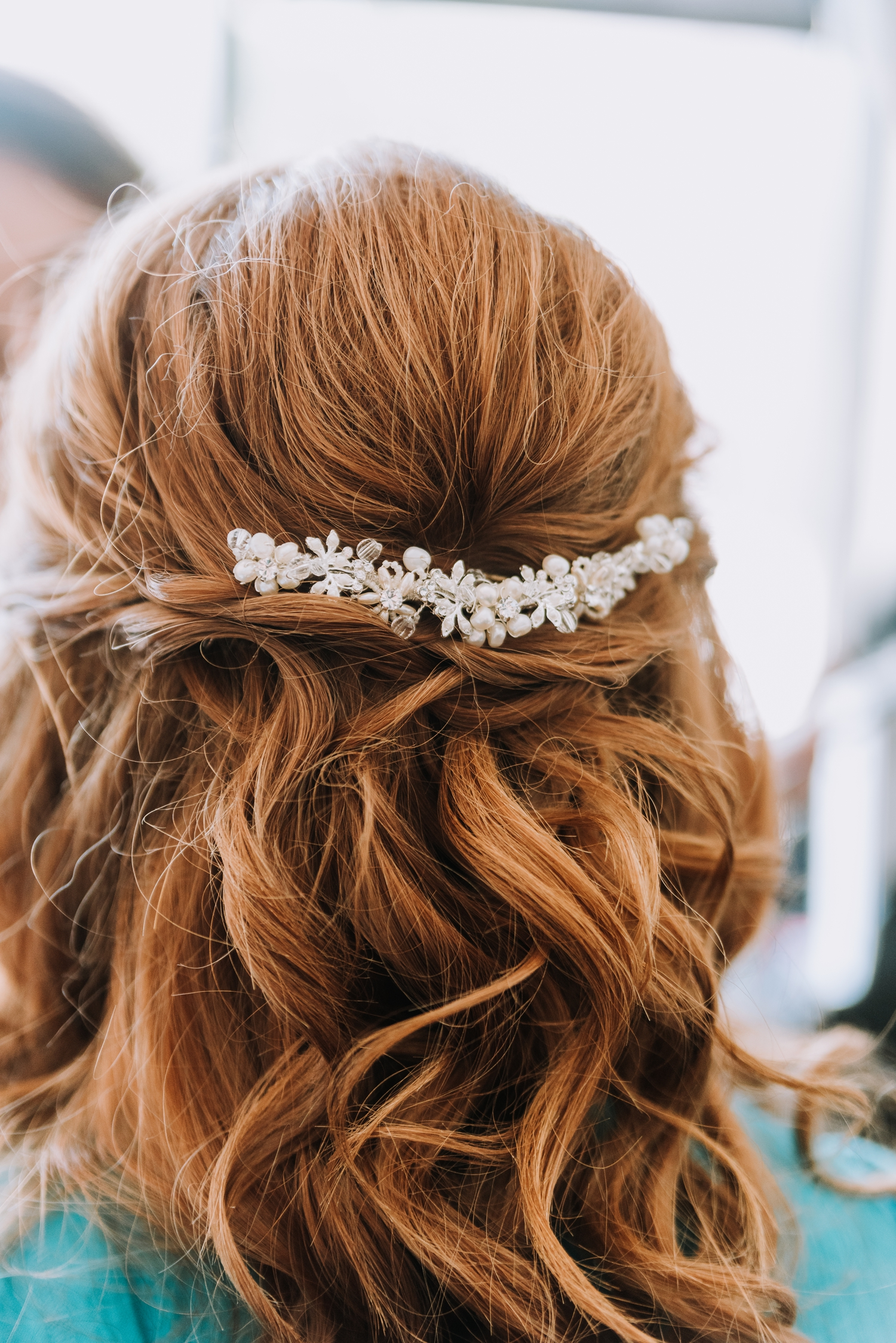 Gorgeous Bridal Hairstyles - Classic Indianapolis Wedding - Canal 337 Wedding - The Overwhelmed Bride Wedding Blog