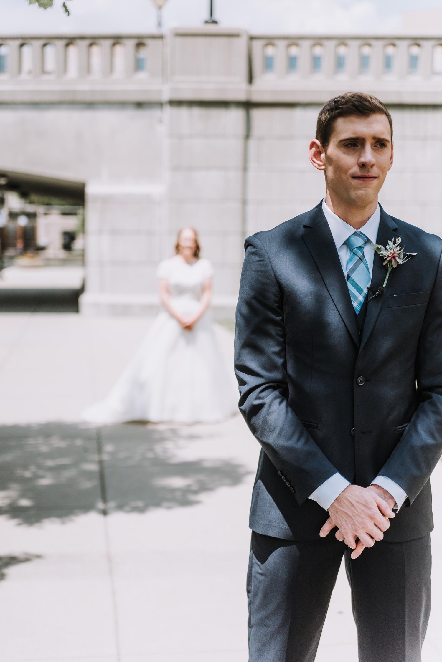 Online Groom Tux Rentals - Classic Indianapolis Wedding - Canal 337 Wedding - The Overwhelmed Bride Wedding Blog
