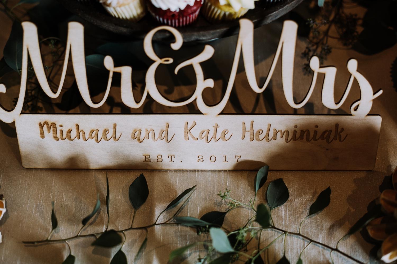 Rustic Wedding Decor - Classic Indianapolis Wedding - Canal 337 Wedding - The Overwhelmed Bride Wedding Blog