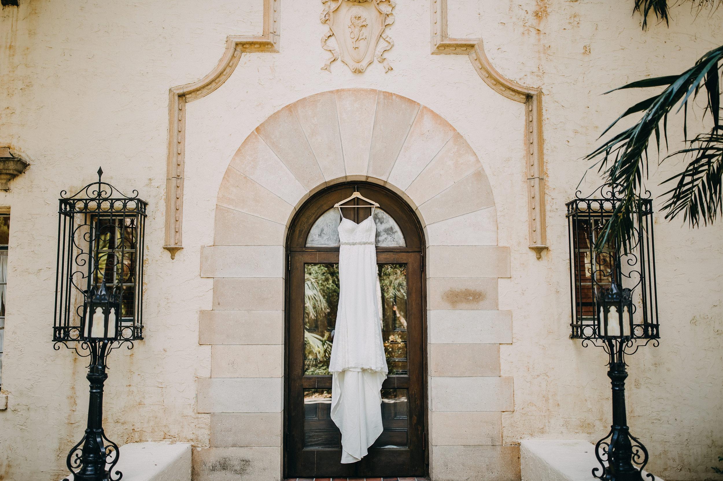 Gorgeous Wedding Dresses - Florida Estate Wedding - Powel Crowley Estate Wedding