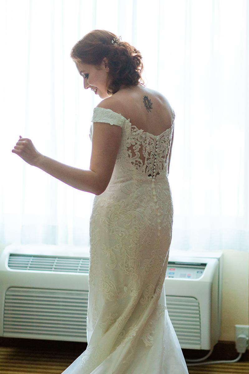 Gorgeous Lace Wedding Dress - Classic Washington Garden Wedding - The Overwhelmed Bride Wedding Blog