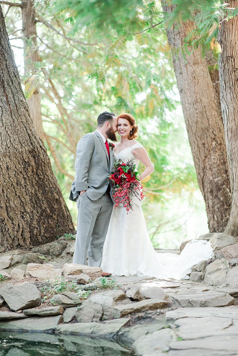Gorgeous Wedding Photos - Classic Washington Garden Wedding - The Overwhelmed Bride Wedding Blog