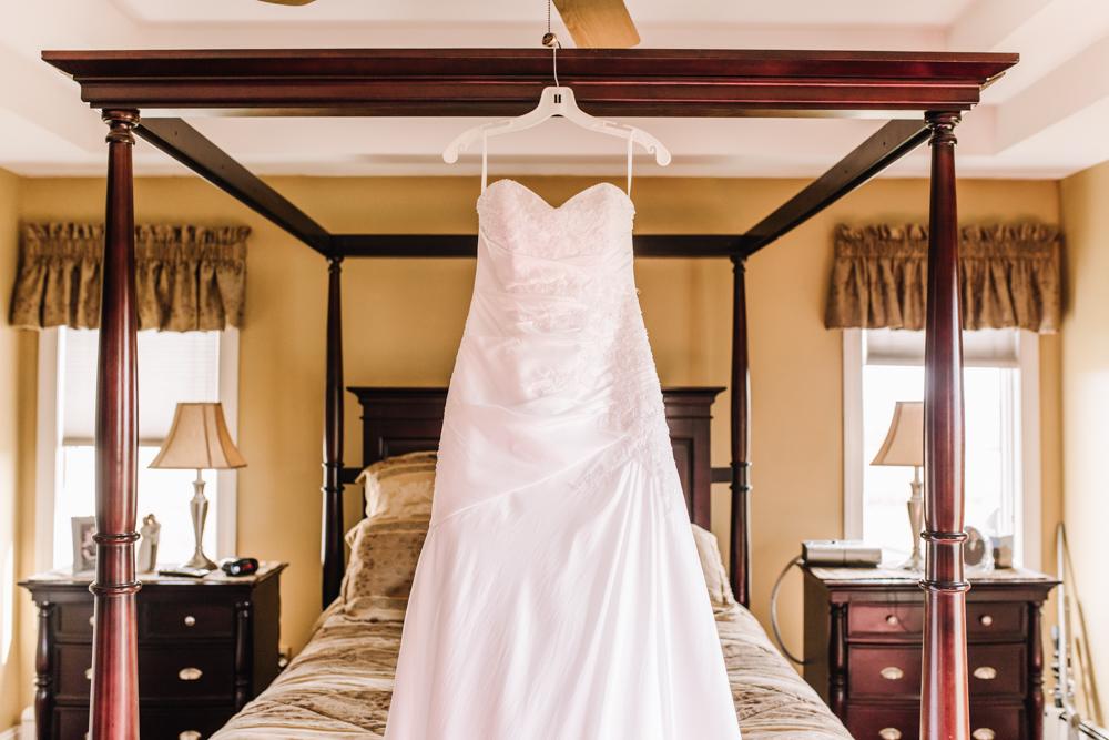 Gorgeous Wedding Dress Photos - Pennsylvania Fall Wedding - The Overwhelmed Bride Wedding Blog
