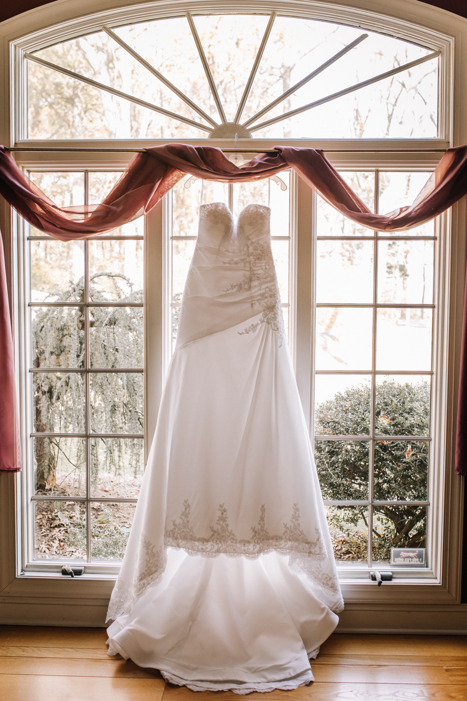 Gorgeous Wedding Dresses - Pennsylvania Fall Wedding - The Overwhelmed Bride Wedding Blog