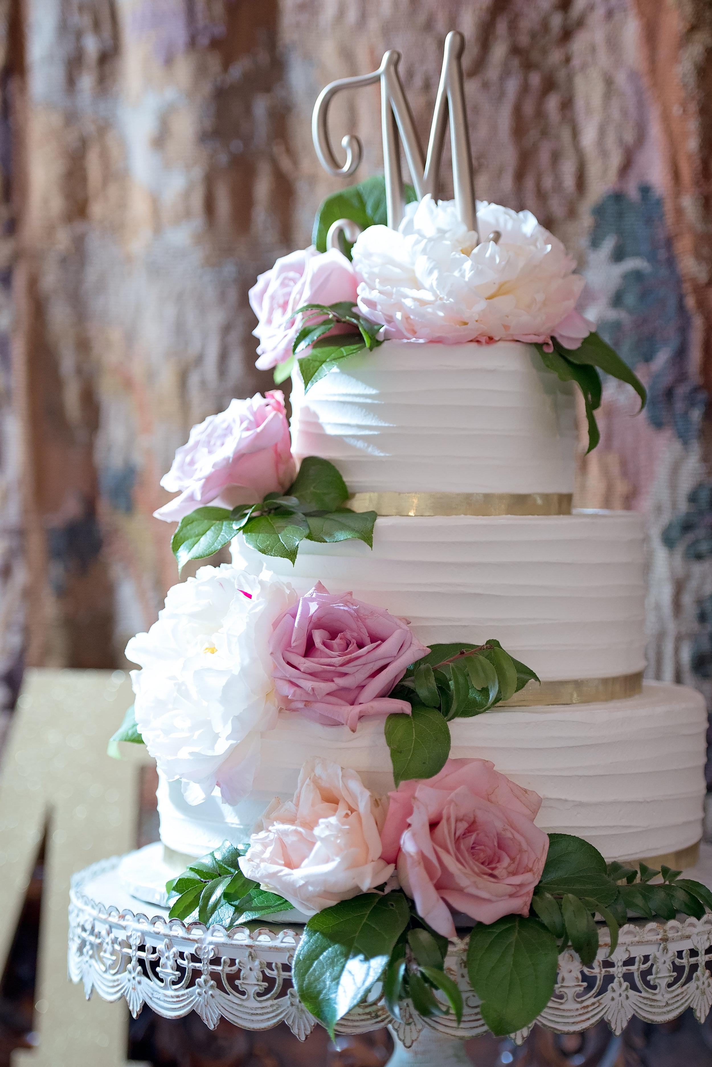 Blush and White Wedding Cake - Gorgeous Blush and White Wedding - Los Feliz Wedding
