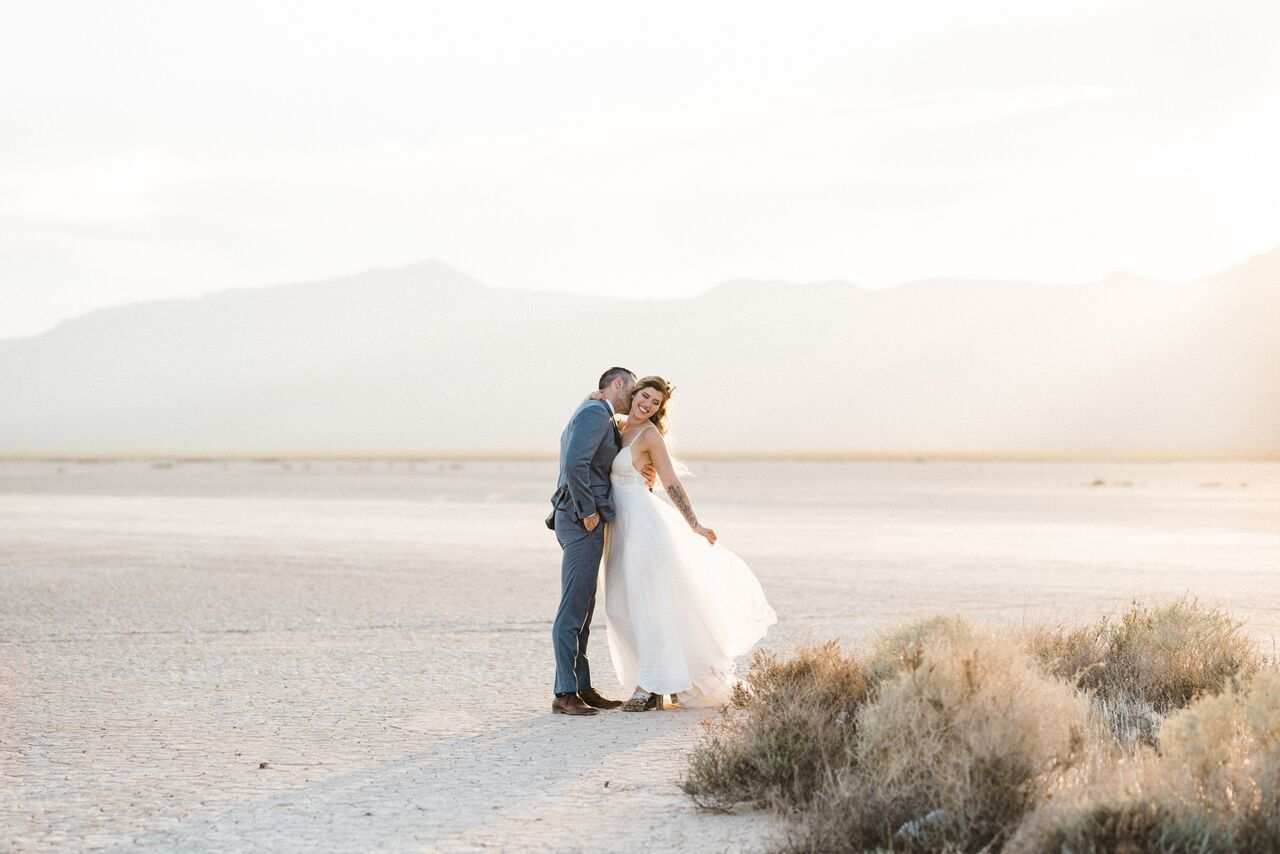 A Bohemian Destination Las Vegas Desert Wedding - The Overwhelmed Bride Blog