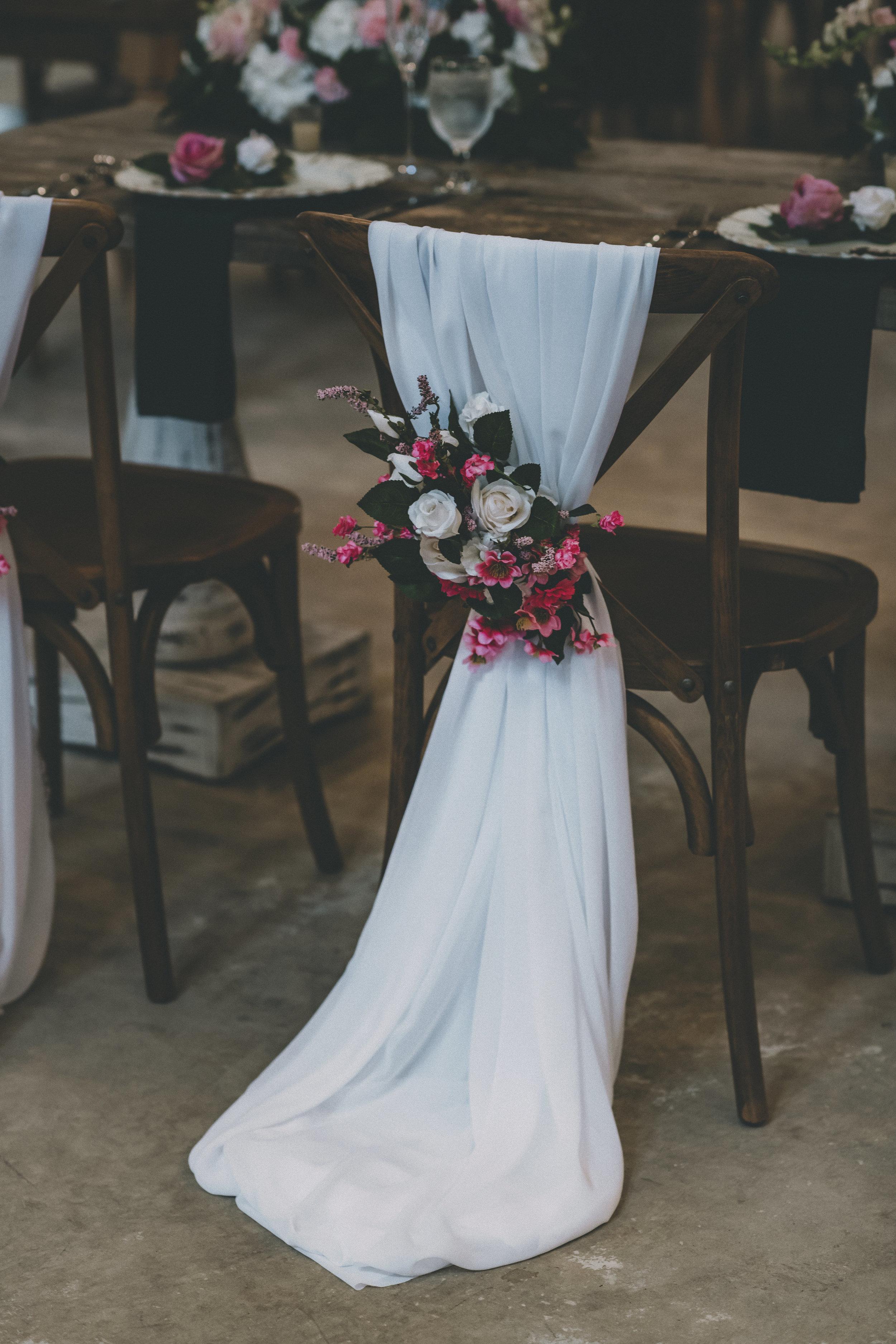 Rustic Vintage Chandler Oaks Barn Wedding - St. Augustine Florida Wedding Venue - The Overwhelmed Bride Wedding Blog