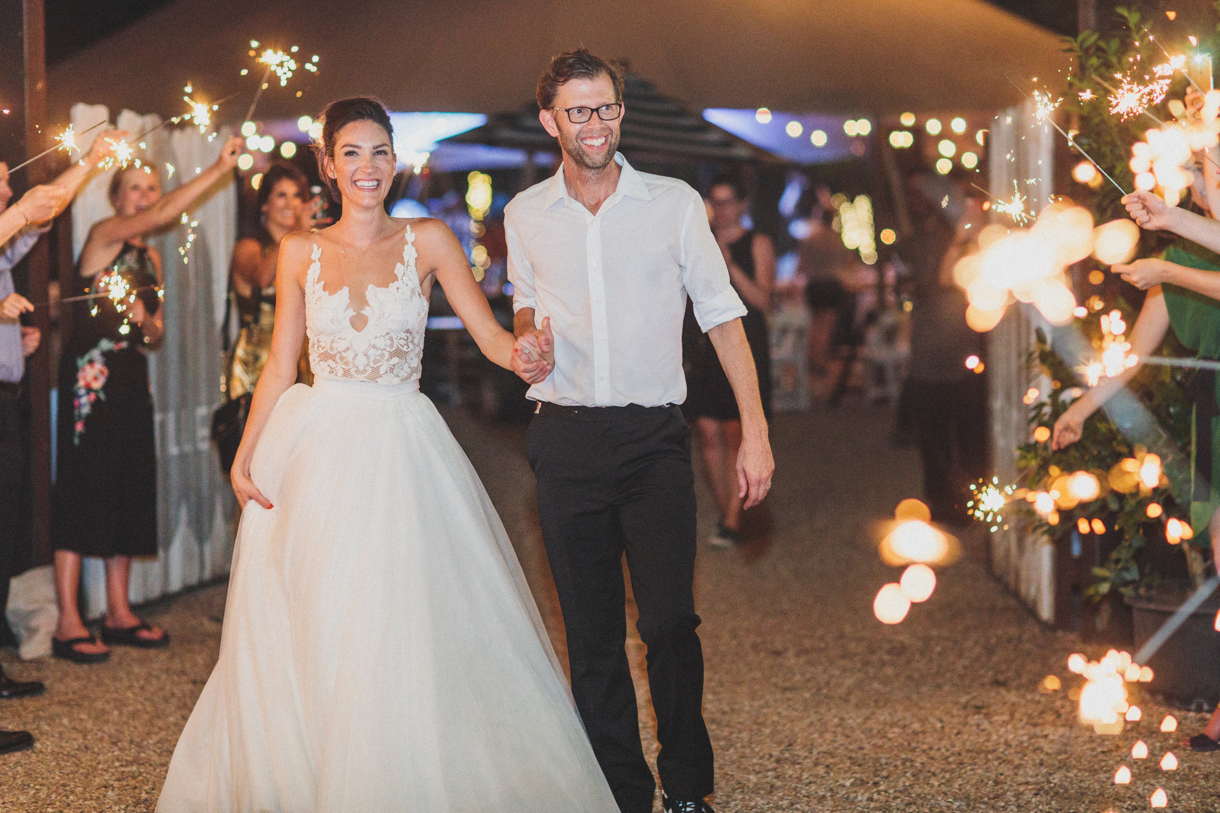 A Vibrant, Tropical Austin Wedding - The Overwhelmed Bride Wedding Blog  Ideas Inspiration