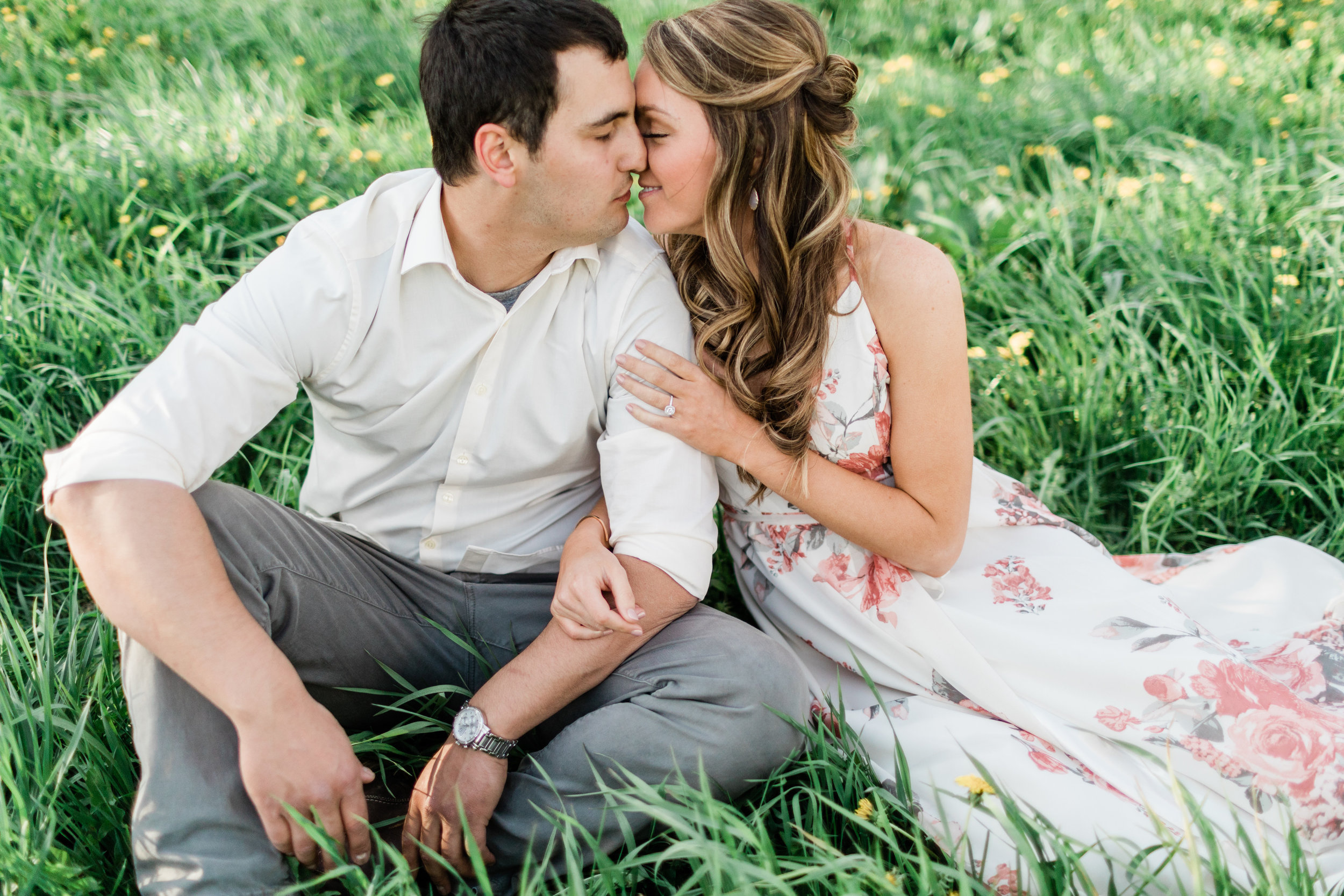 Gorgeous Garden Engagement Photos - The Overwhelmed Bride Wedding BlogGorgeous Garden Engagement Photos - The Overwhelmed Bride Wedding Blog