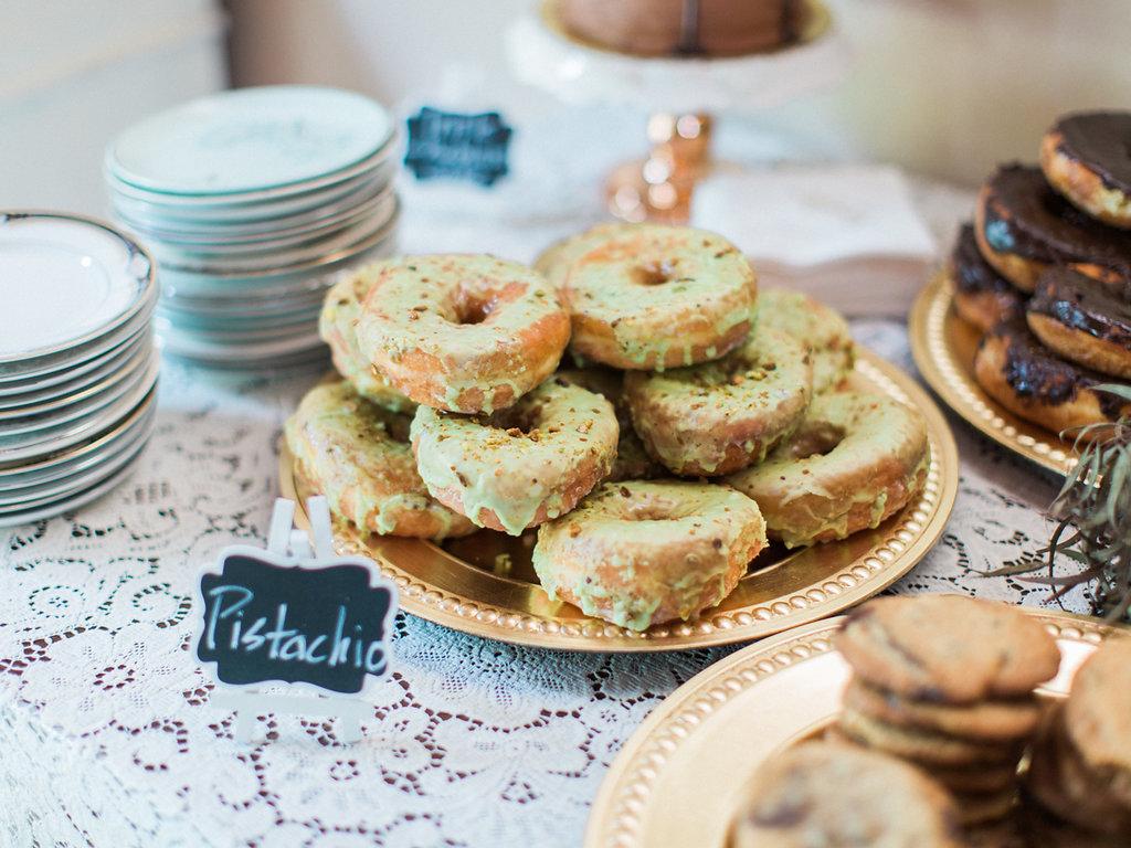 A Boho Chic Wisconsin Barn Wedding - The Overwhelmed Bride Wedding Inspiration Ideas Blog