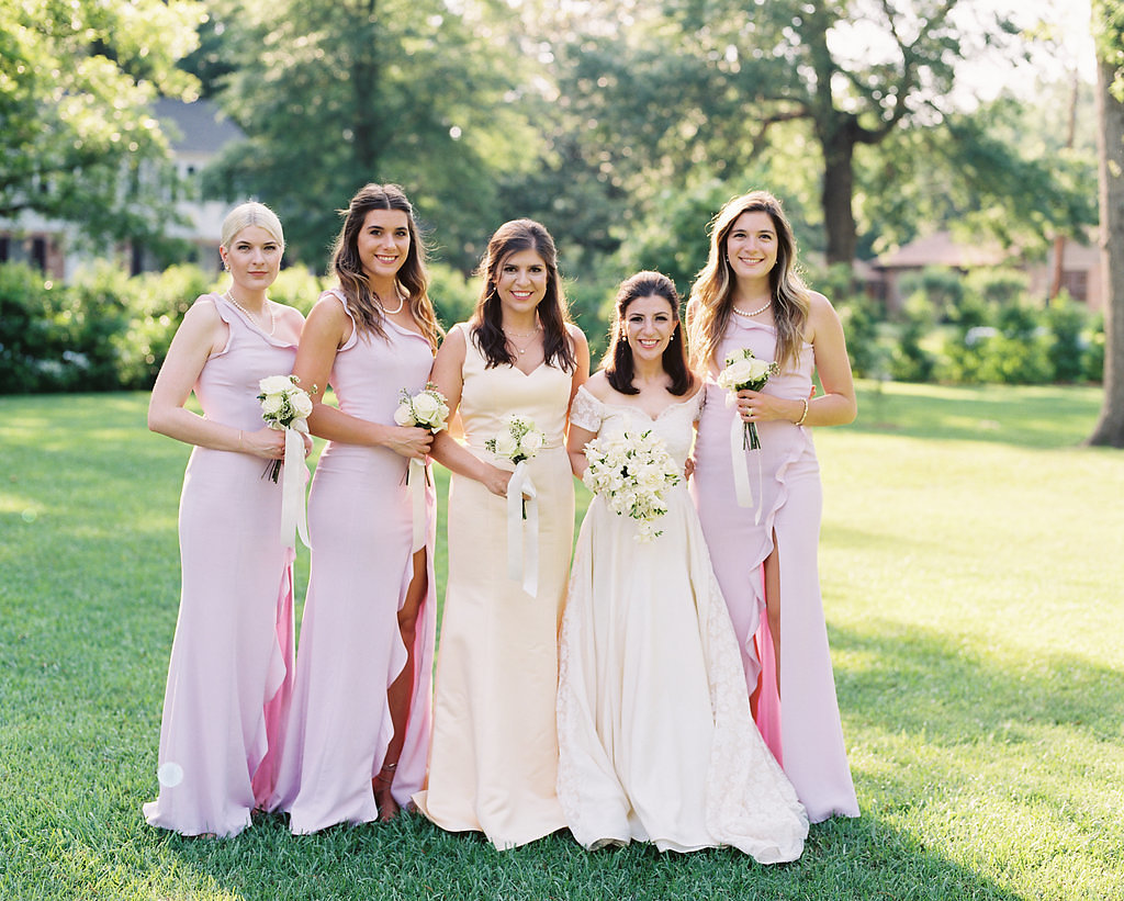 A House of the Seasons Texas Garden Wedding - The Overwhelmed Bride Wedding Inspiration Ideas Blog