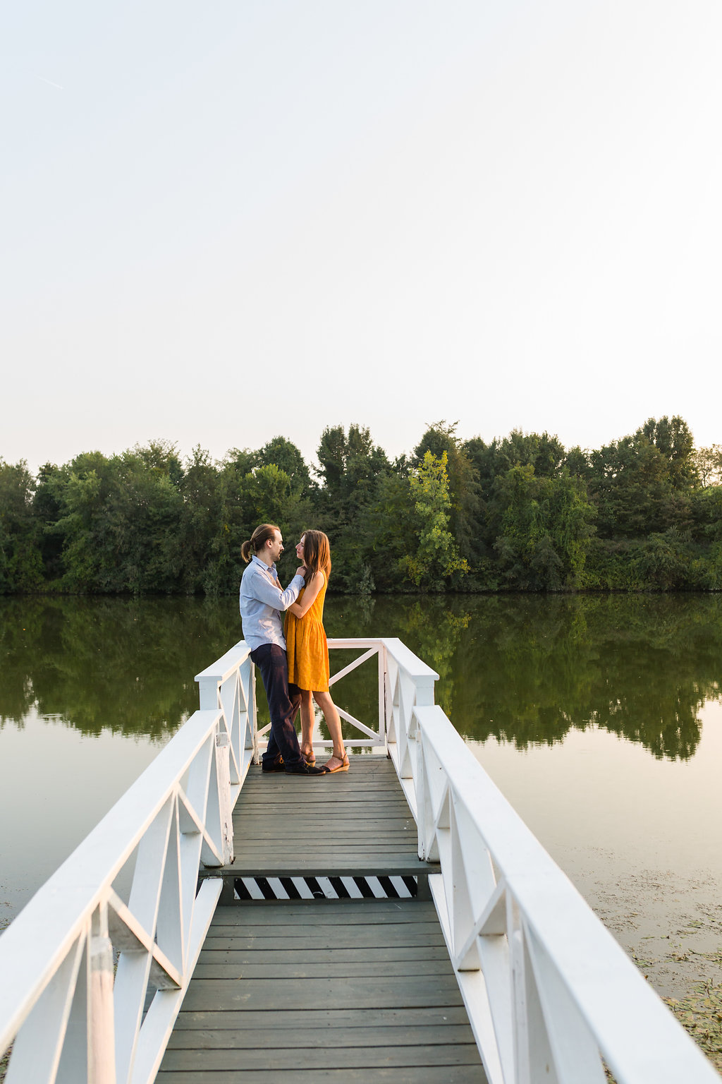 A Lakeside Engagement - The Overwhelmed Bride Wedding Blog