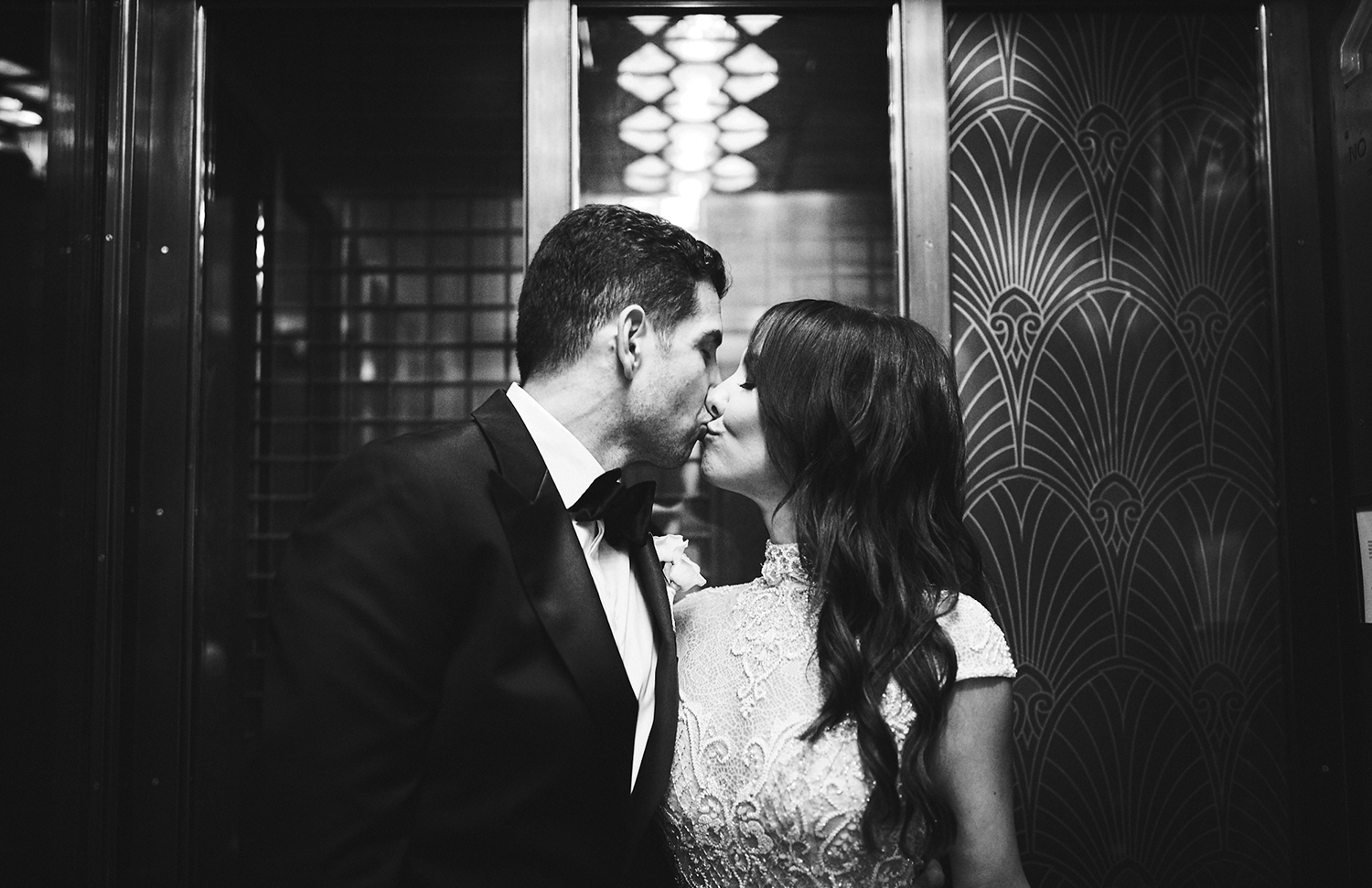 A Battery Gardens Manhattan Wedding - The Overwhelmed Bride Wedding Ideas Blog