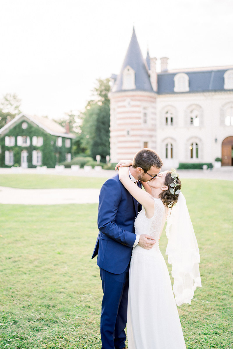 A Chateau Comtesse Lafond Epernay, France Wedding - The Overwhelmed Bride Wedding Ideas Blog