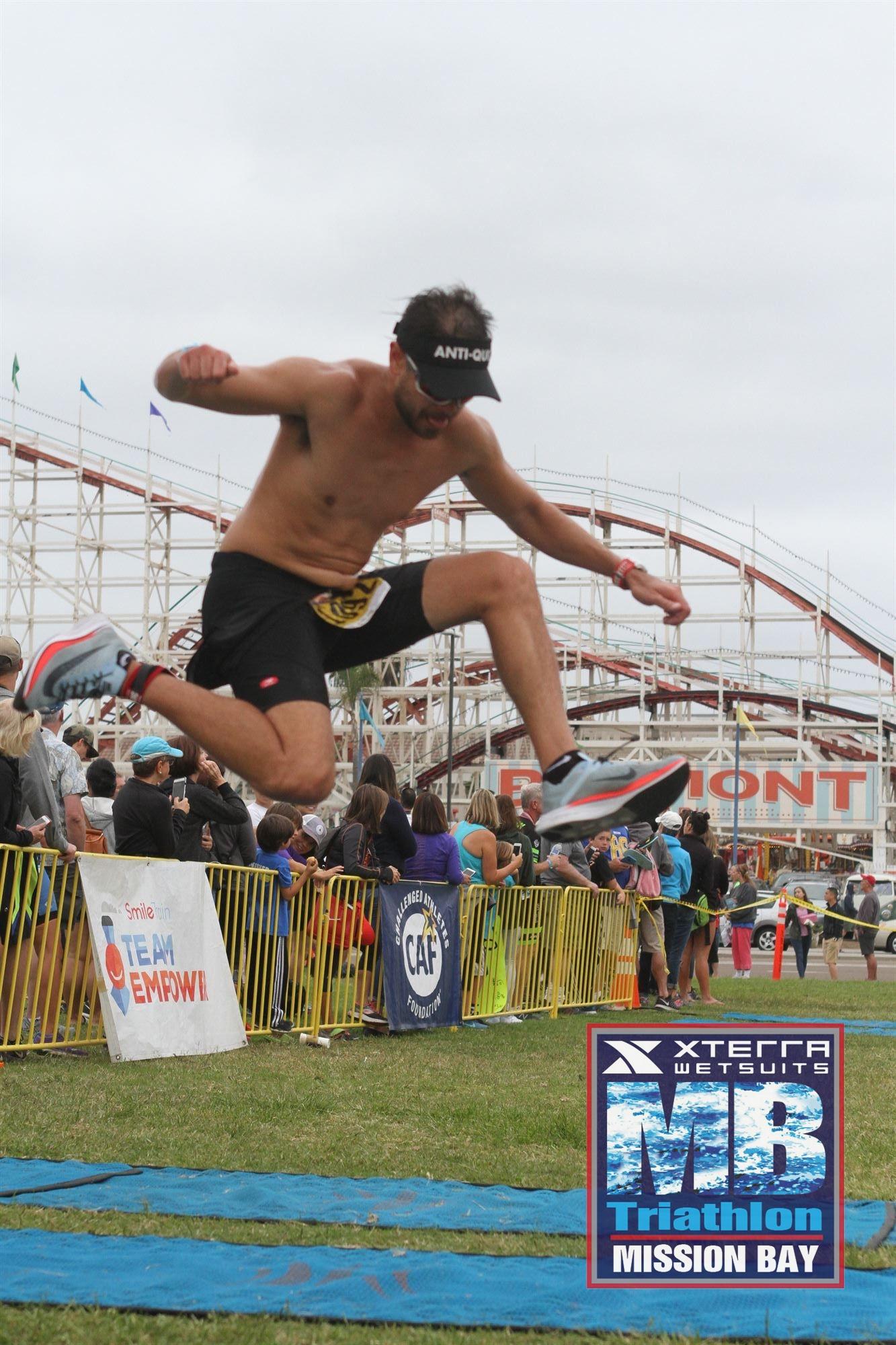 ianhoey_sdtriseries_triathlong_xterrawetsuits_triathlon.jpg