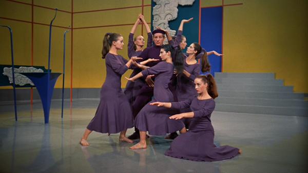 """Choreography"" from the 1954 movie ""White Christmas"" parodies Martha Graham."