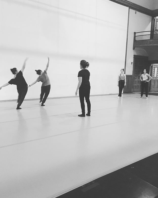 Creating⁣⁣ Developing ⁣⁣ Exploring ⁣⁣ ———————⁣⁣ You don't want to miss this unique performance experience this Friday! Pam Tanowitz Dance will be performing along side The Movement Project and some beautiful local movers. ⁣⁣ ⁣⁣ Pilgrim Church | Tremont | March 22nd | 7 & 9pm
