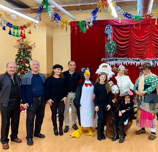 Want to thank everyone for coming and being part of last weekends Christmas show with Santa and his friends! Also a special thanks to AYAYAY PUPPET THEATRE and their team for putting a smile on our children's faces and making their day special 😊