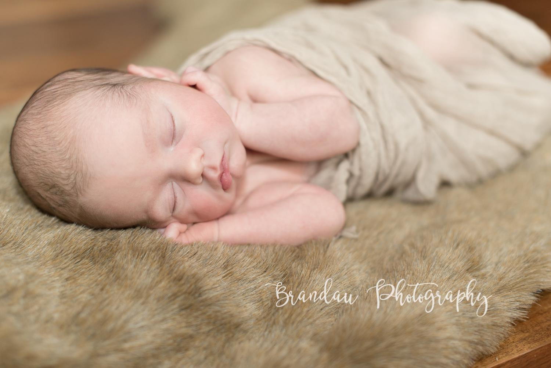 Brandau Photography - Central Iowa Newborn 050816-10.jpg