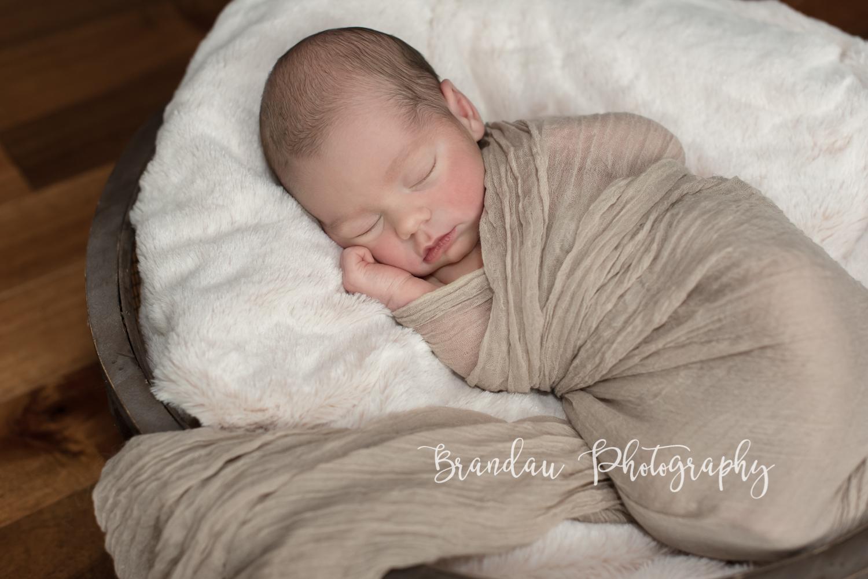 Brandau Photography - Central Iowa Newborn 050816-13.jpg