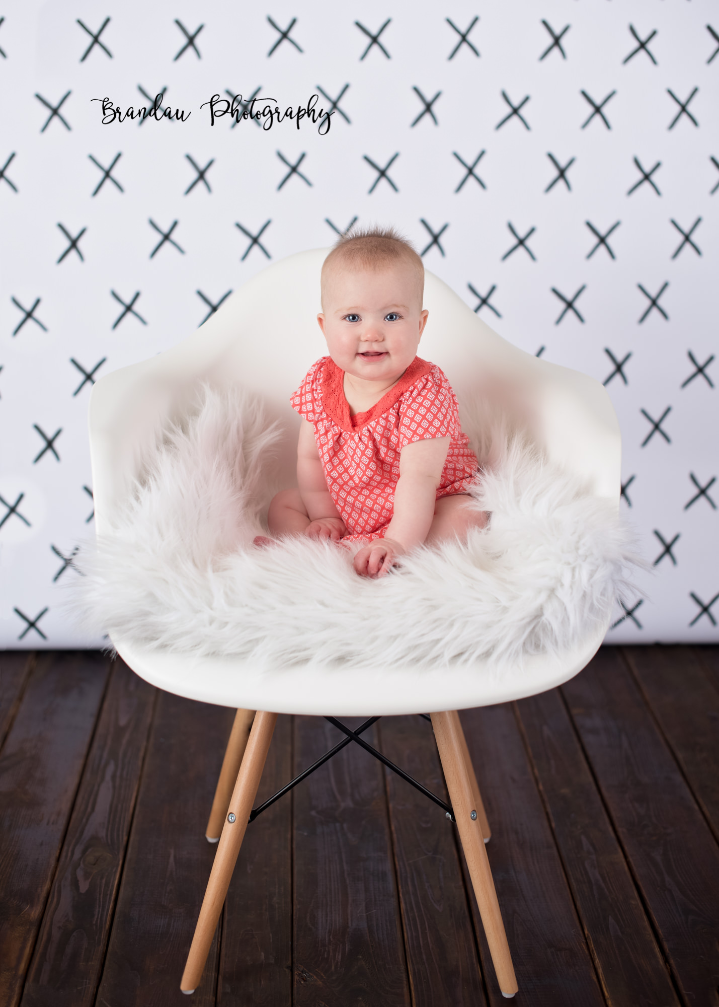 Brandau Photography_ 6 month girl chair.jpg