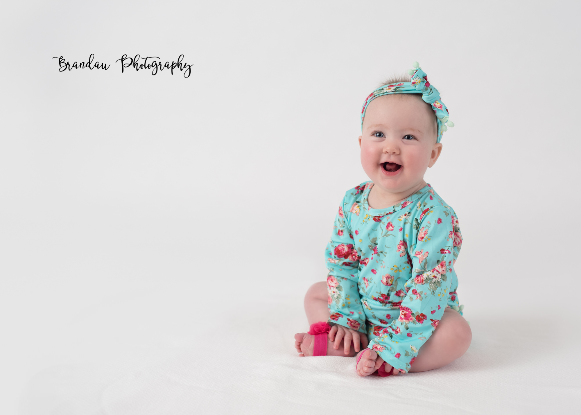 Brandau Photography_ 6 month girl.jpg