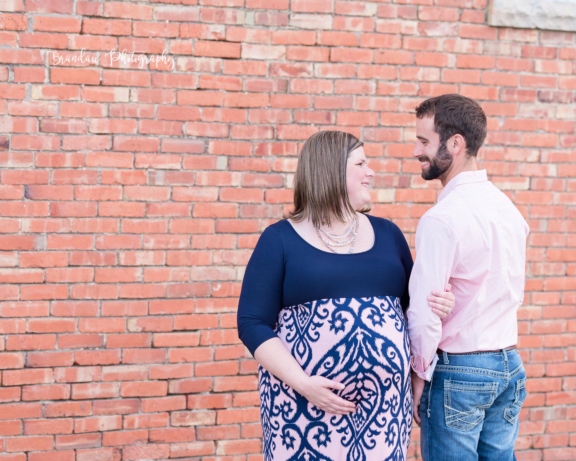 Engagement Iowa Maternity_Brandau Photography-33.jpg
