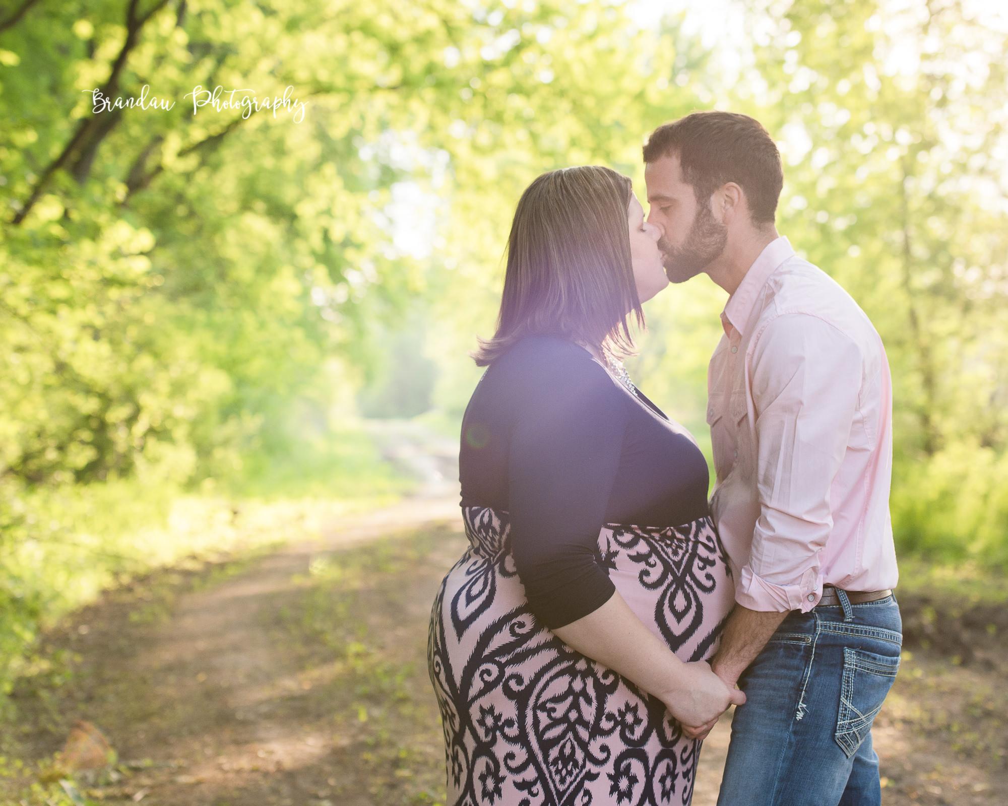 Engagement Kissing_Brandau Photography-15.jpg