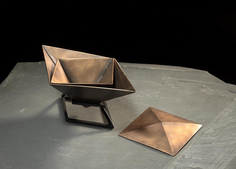 Bronze_Urn_4_Small.jpg