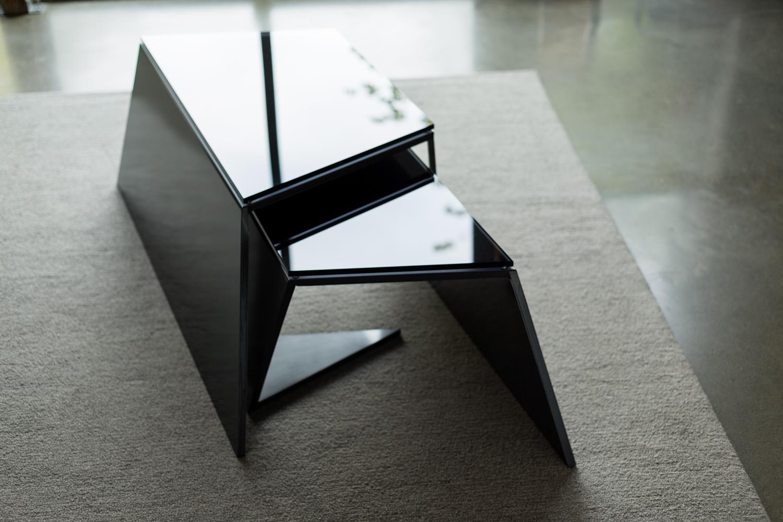Nesting Coffee Tables_03.jpg