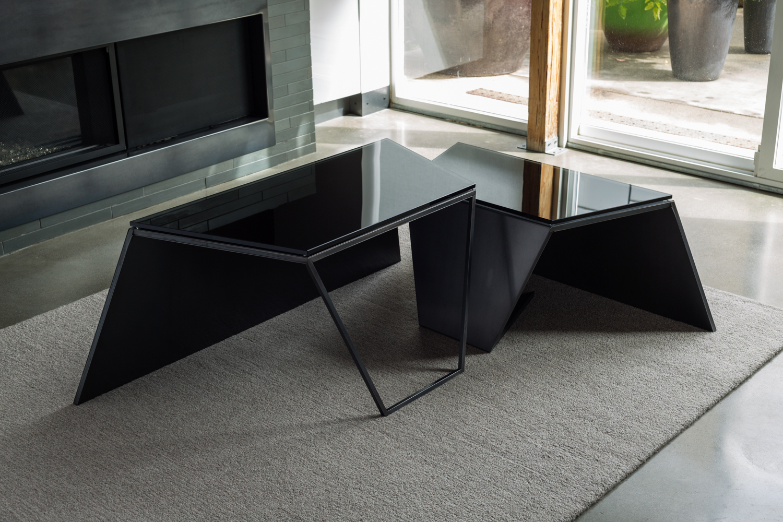 Nesting Coffee Tables_02.jpg