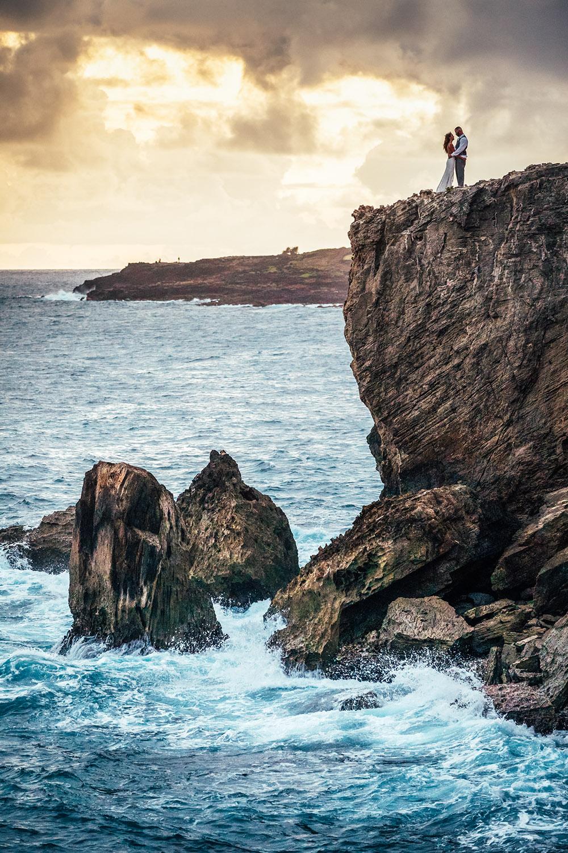 kauai-cliff-wedding.jpg