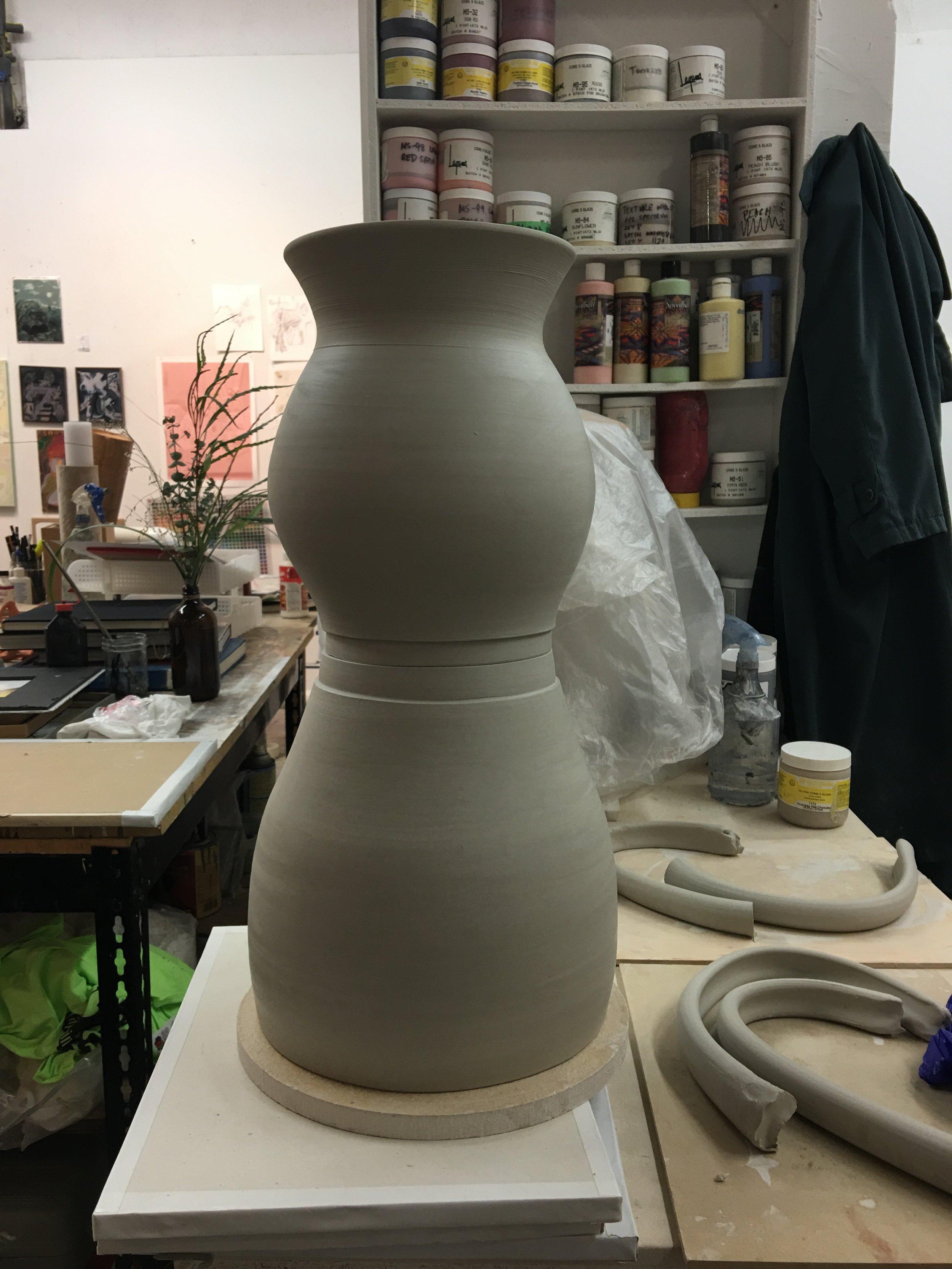 vase/helmet pre handles