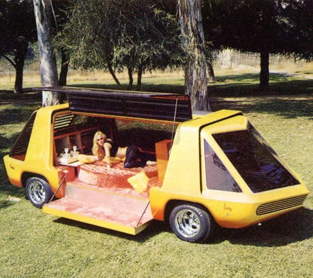 Futuristic-Campervan.jpg