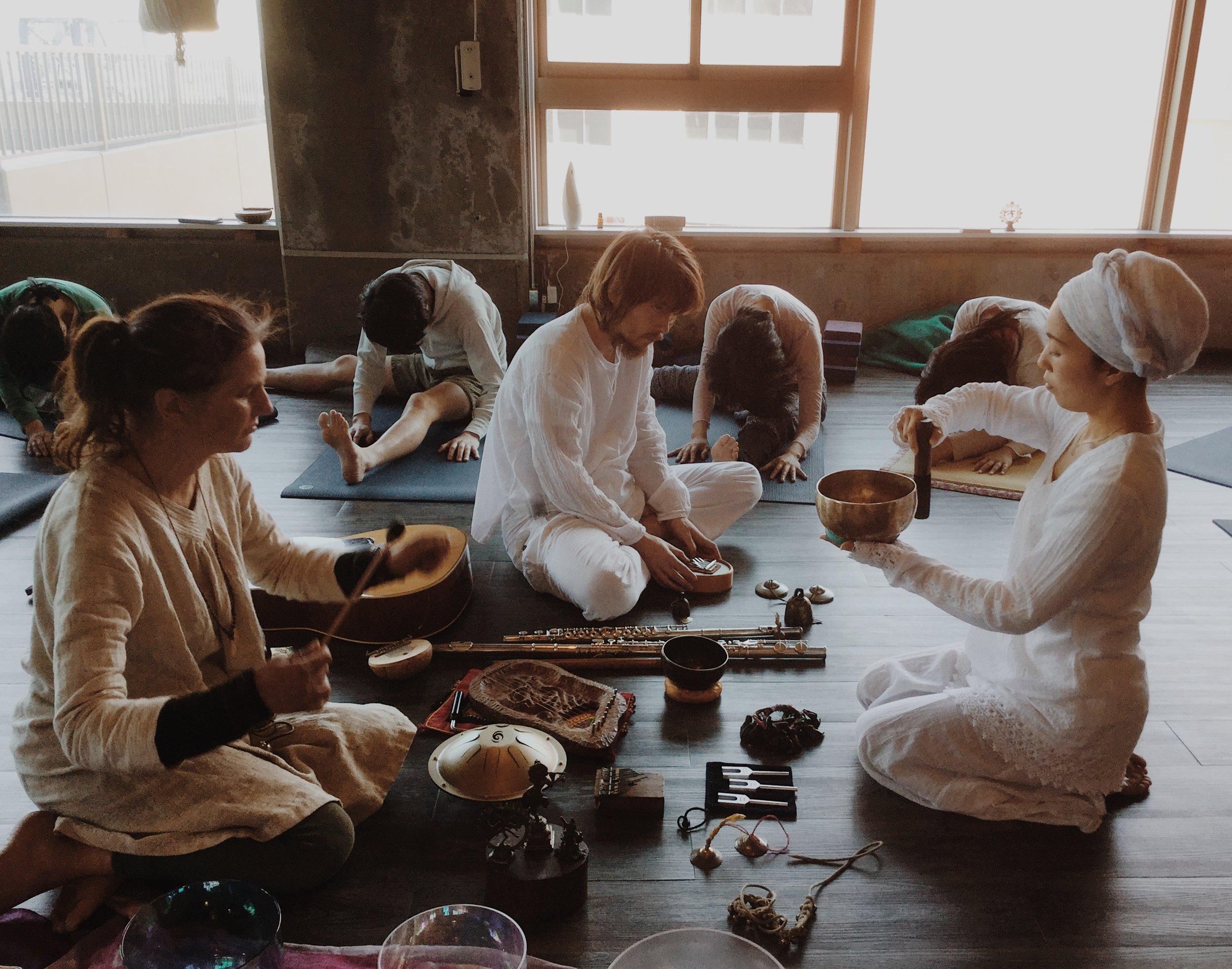 2月の思い出。Healing Lotus Special 陰ヨガとサウンドヒーリングの世界 vol.3